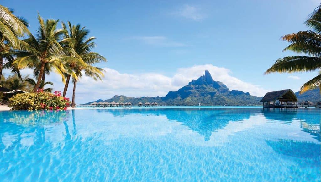10-16 Wanderlust_Bora Bora_web1