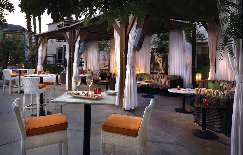 EDITED RSS-outdoor dining-0571_hi