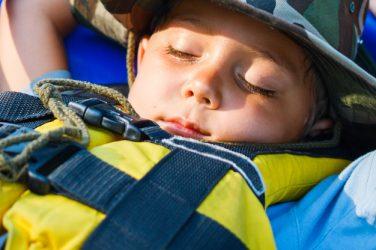 PARENT'S POCKET GUIDE TO SURVIVING SLEEPAWAY CAMP