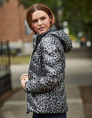 Michael Kors - Packable Water-Resistant Leopard Print Chevron Quilted Puffer Coat